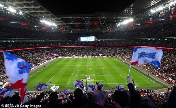 'England would host a good World Cup, and shouldn't be ashamed to say so'