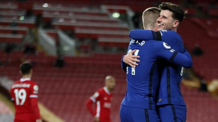 Blues & Reds heading in different directions after champions ruthlessly exposed