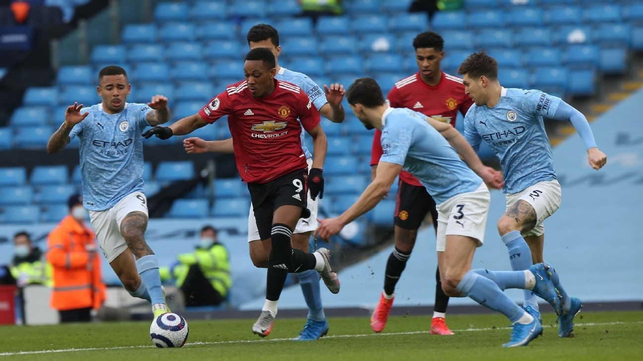 Ole hails Martial 'of old' in United derby win