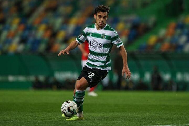 Arsenal transfer round-up: Gunners 'shortlist' £52m star dubbed 'next Bruno Fernandes'