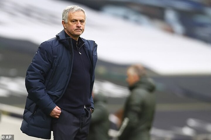'Mourinho HAS to take responsibility': Spurs are an 'incredibly tough watch', insists Redknapp