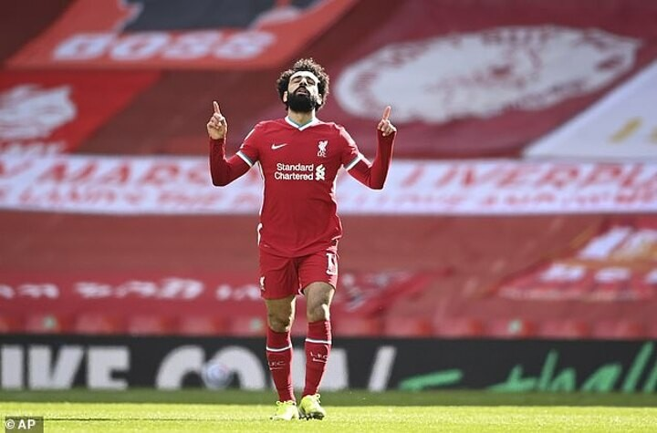 PSG 'make contact with Mo Salah as Ligue 1 side make Egyptian top target to replace Kylian Mbappe'