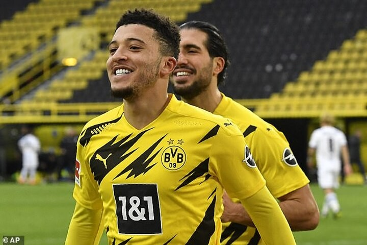 Manchester United 'have not ended their interest in Jadon Sancho' of Borussia Dortmund