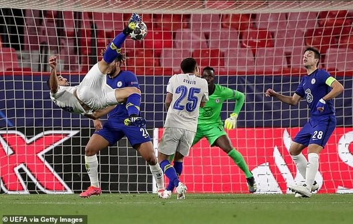 Rio Ferdinand in awe of Mehdi Taremi's 'ridiculous' overhead kick for Porto against Chelsea