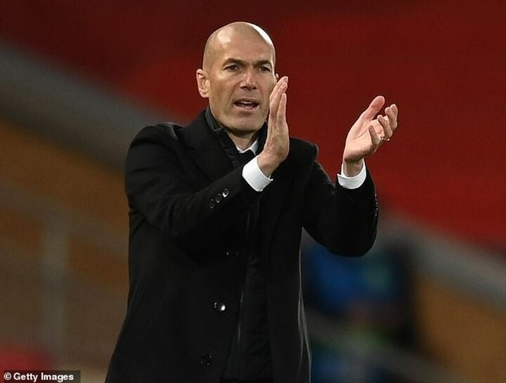 Real Madrid boss Zinedine Zidane hailed as 'phenomenal' by Rio Ferdinand