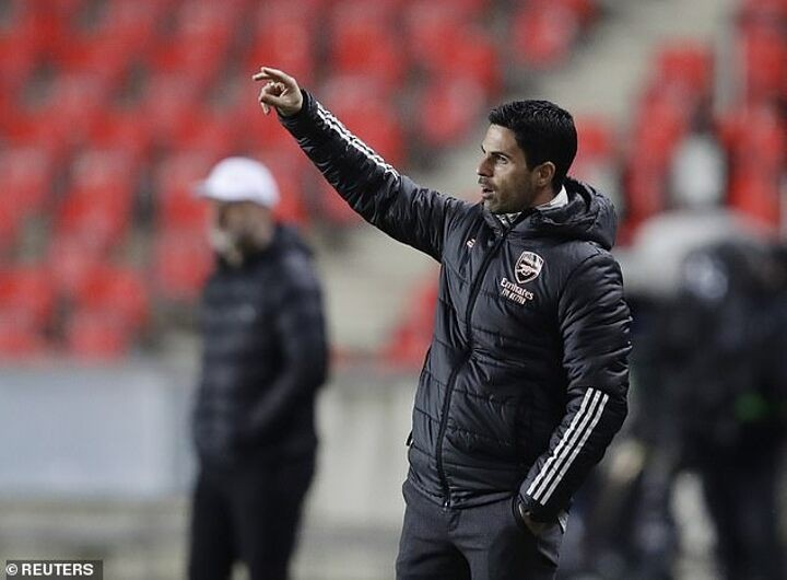 Mikel Arteta warns his Arsenal players not to focus only on the Europa League
