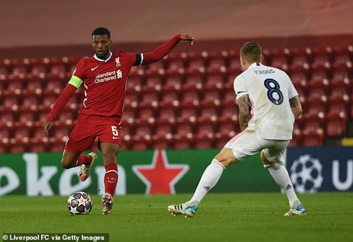 Wijnaldum 'still holding out for Barca move as he wants to link up with Messi'