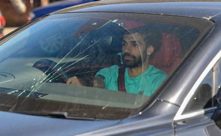 New Salah transfer 'dream' emerges as 'no one is talking to him' at Liverpool