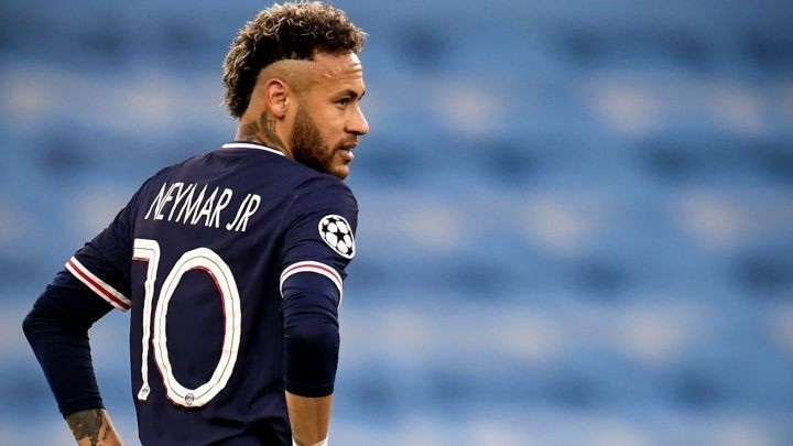 Al-Khelaifi warns Barcelona not to push for Neymar