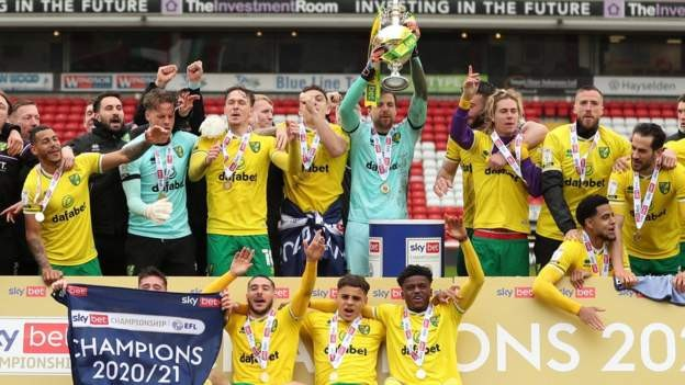 Champions Norwich draw with Barnsley