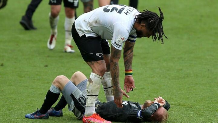 Championship highlights and round-up: Sheffield Wednesday, Rotherham, Wycombe relegated; Derby escape
