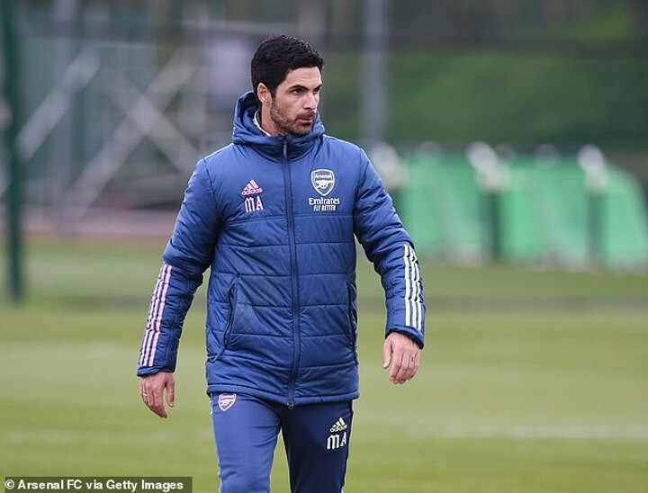 Mikel Arteta expects to keep his job at Arsenal despite campaign that could lead to no Europe