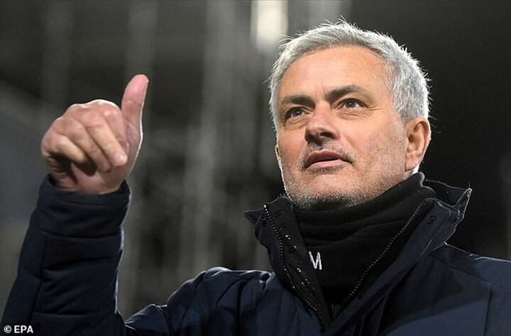 Mourinho's move to Roma could start managerial merry-go-round