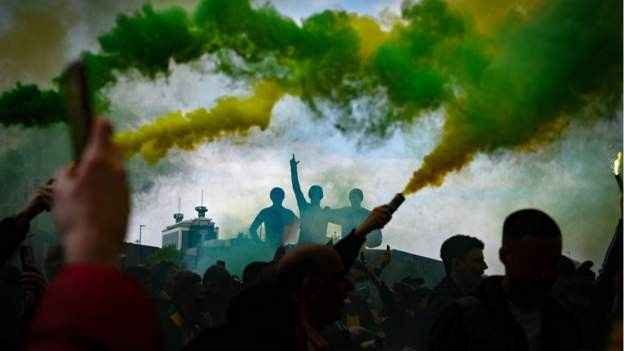 Man Utd in sponsorship blow after protests