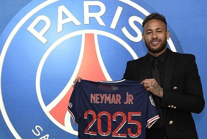 Barcelona 'feel USED by Neymar' after signing new deal with PSG until 2025