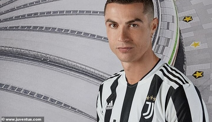Ronaldo takes part in Juventus kit reveal for next season despite fuelling talk over his future