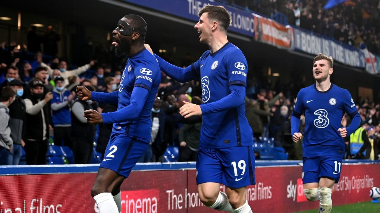 Chelsea race past Leicester to boost UCL hopes