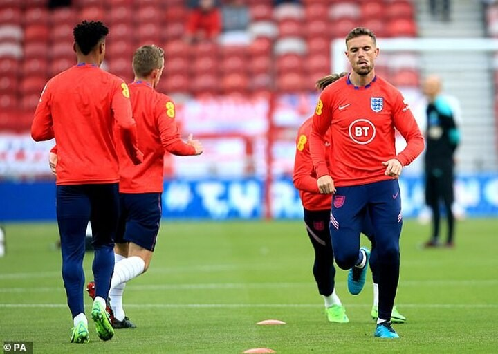 England's Henderson branded SELFISH by Agbonlahor over injury troubles