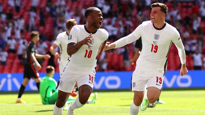 England start Euro 2020 with a Wembley win