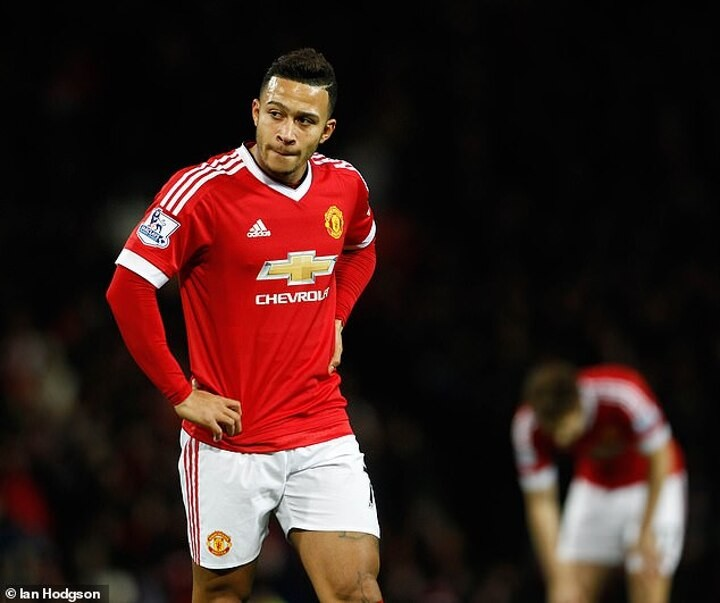 Rio Ferdinand: Memphis Depay went to Manchester United 'too young'