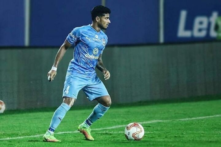 Promising defender signs long-term deal with Mumbai City FC - Reports