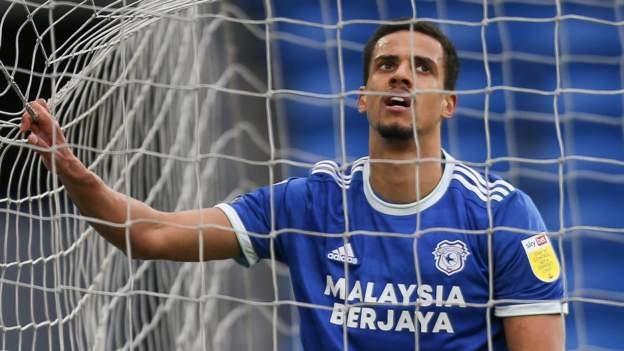 Glatzel leaves Cardiff for Hamburg