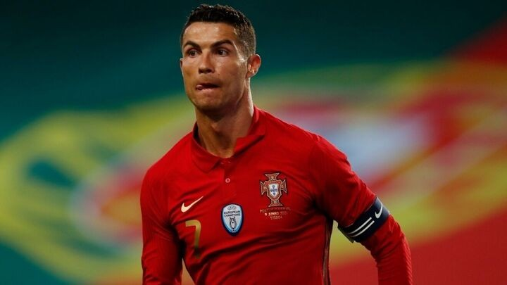 Cristiano Ronaldo moves closer to PSG: Jorge Mendes flies to Italy to negotiate Juventus exit