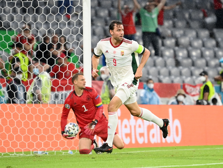 HT: Germany 0-1 Hungary. Szalai nets a header!Germany is lagging temporarily