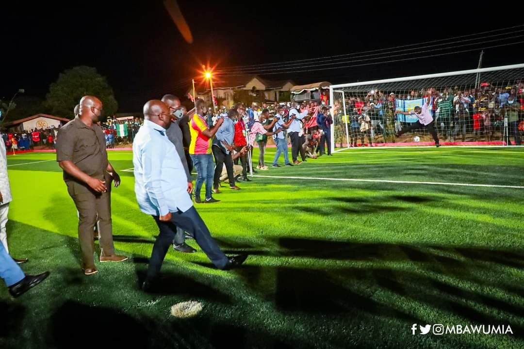 PHOTOS: Ghana vice president Dr Bawumia commissions Adjiringanor community astro turf