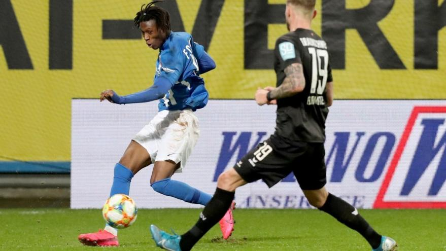 Hamburger to loan Ghanaian youngster Aaron Opoku again