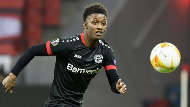 Everton close to deal for winger Gray