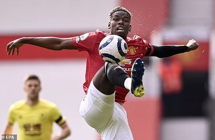 Man United 'ARE expecting PSG to make their move for Paul Pogba before the transfer window shuts'