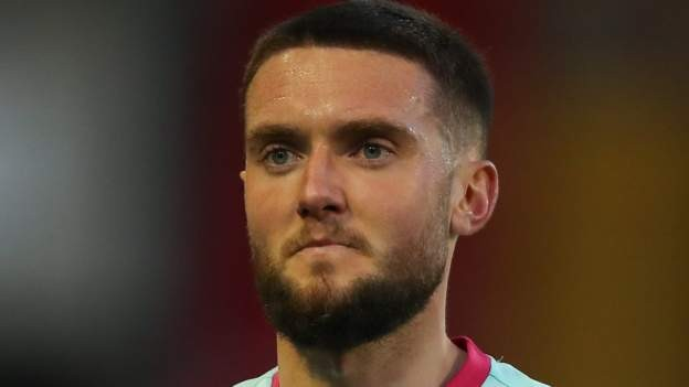 Fulham interested in Swansea's Grimes