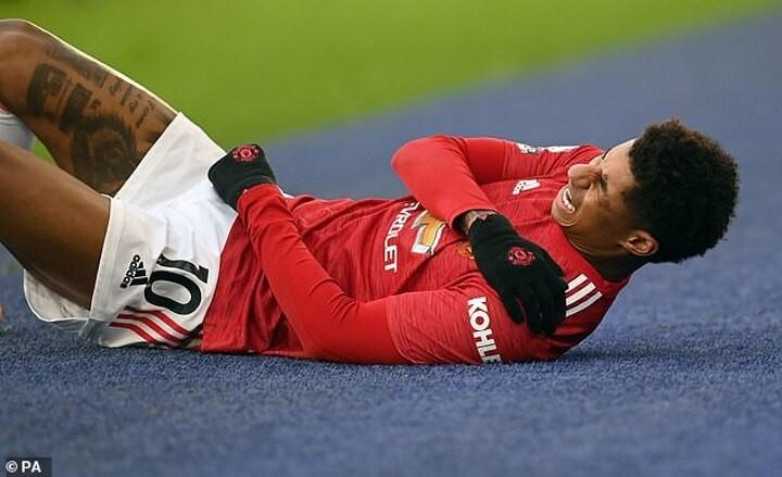 Rashford set for crunch talks with Manchester United over shoulder surgery