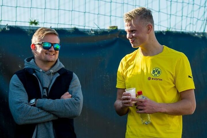 Haaland's dad has transfer questions answered by Man Utd & Solskjaer