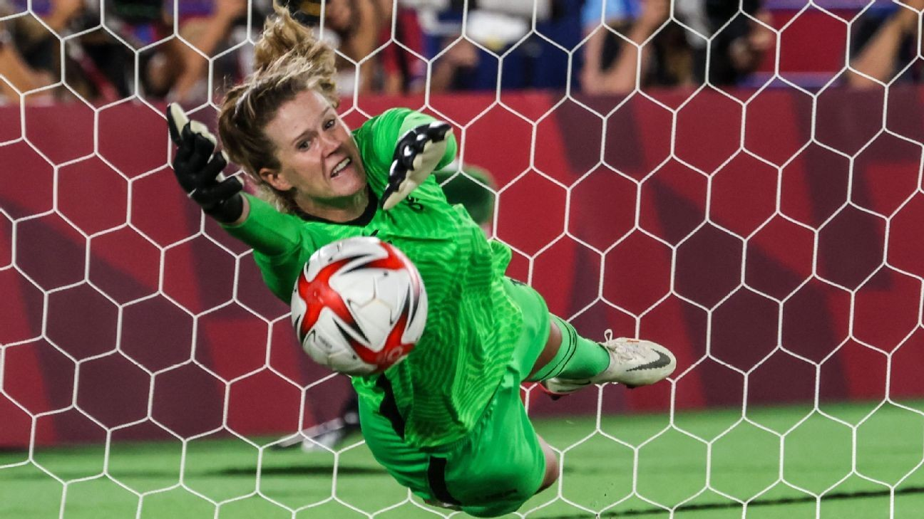 USWNT's Lavelle on win: 'No one else' like Naeher