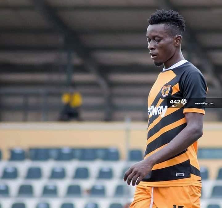 2020/21 Ghana Premier League: Versatile defender Frank Akoto wins MVP award in AshantiGold home draw
