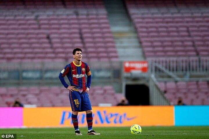 VIEW FROM SPAIN: Many do not believe it is over for Messi and Barcelona