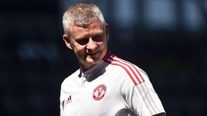 Solskjaer gives Man Utd transfer window update