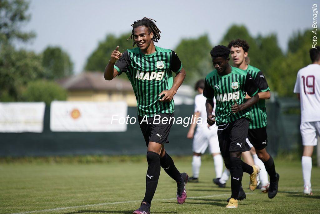 Sassuolo promote Ghanaian duo Justin Kumi and Salim Abubakar to U19 side