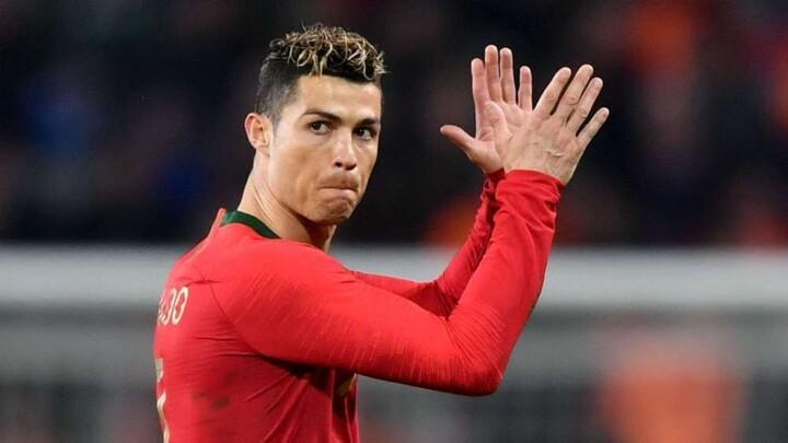 Cristiano Ronaldo & the top 10 international goalscorers, Messi 9th