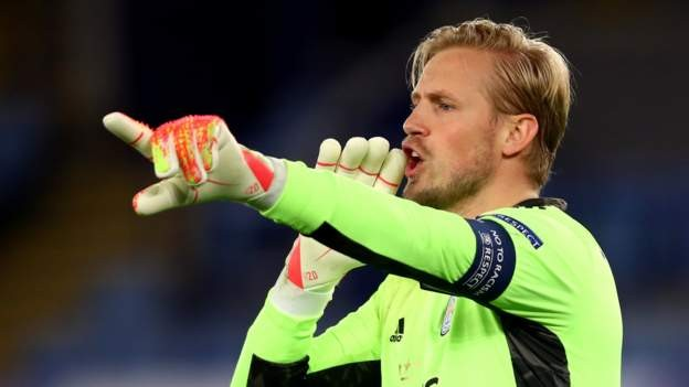 Leicester cannot be timid - Schmeichel