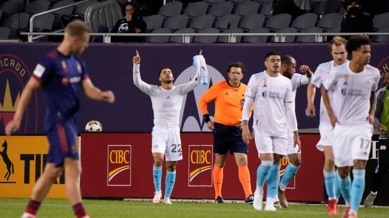 MVP-caliber Gil helps Revs book MLS playoff spot