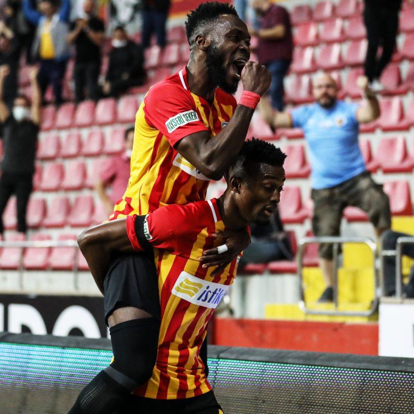 VIDEO: Bernard Mensah assists defender Joseph Attamah's first goal of the season