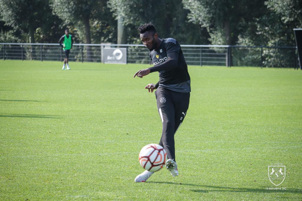 Ghana midfielder Emmanuel Lomotey makes Amiens squad for Nimes clash