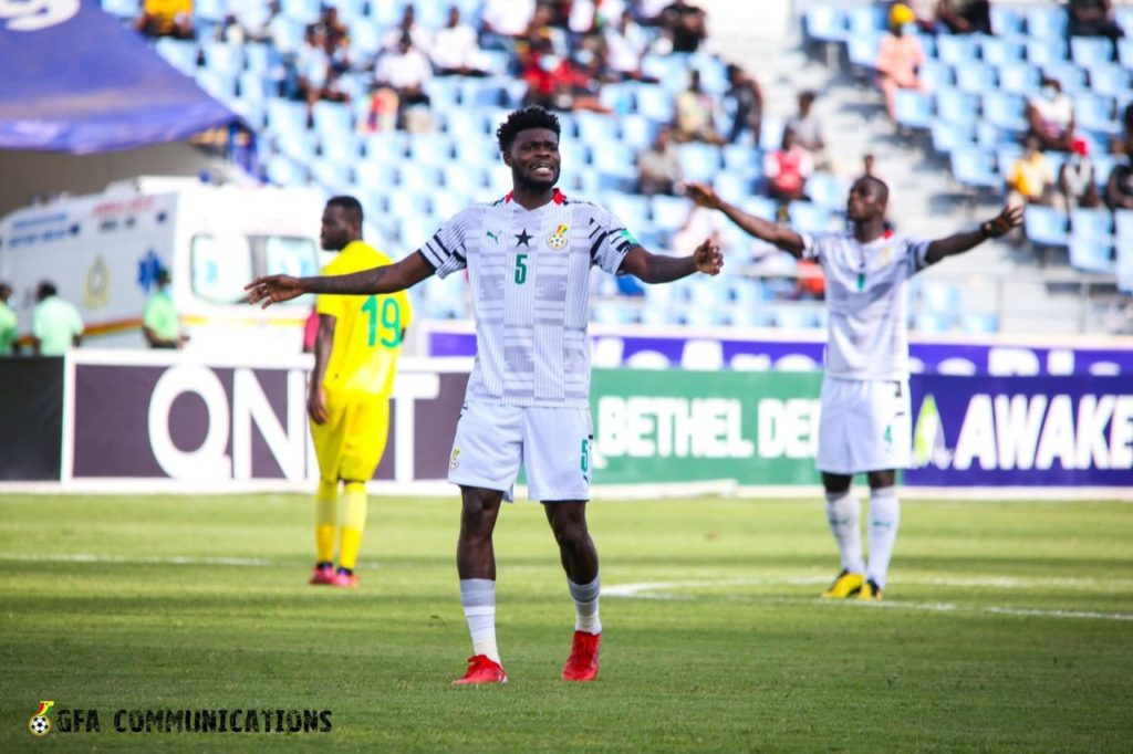 'I'm ready to sacrifice anything and play in any position'- Ghana midfielder Thomas Partey