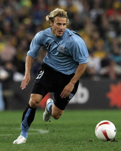 World Cup 2010: Uruguay handed Forlan boost for Ghana clash