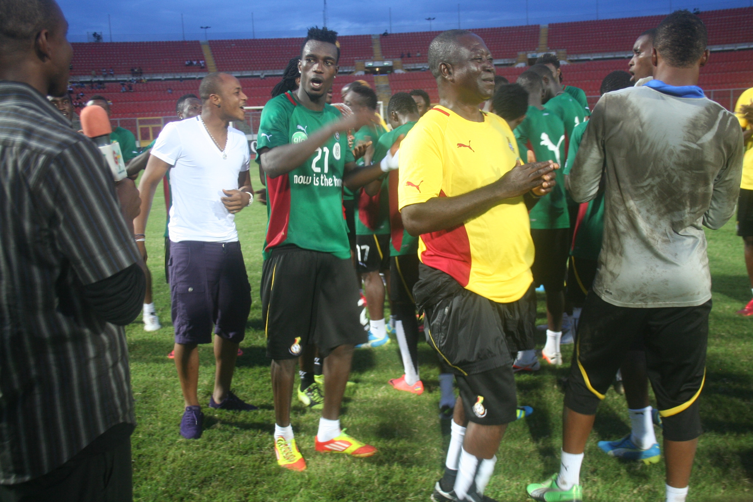 Andre Ayew visits Black Stars in training