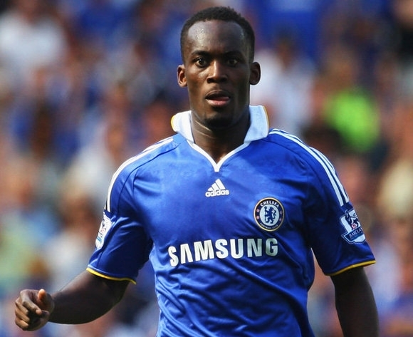 Chelsea manager Di Matteo rules out Essien's move to Arsenal